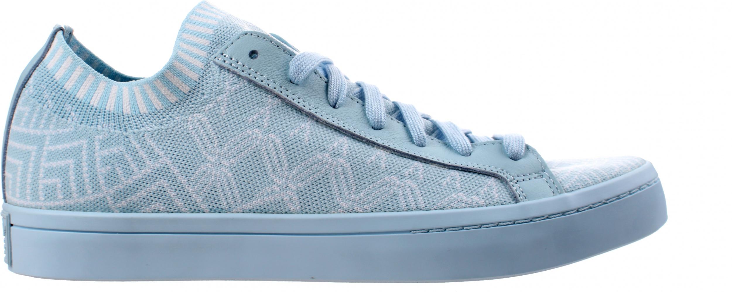 adidas schoenen licht blauw