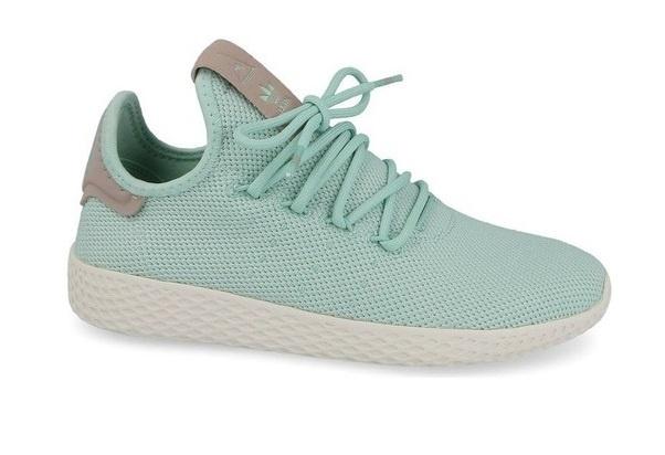 promo code 3de31 e3dfb adidas sneakers Pharrell Williams Tennis ladies