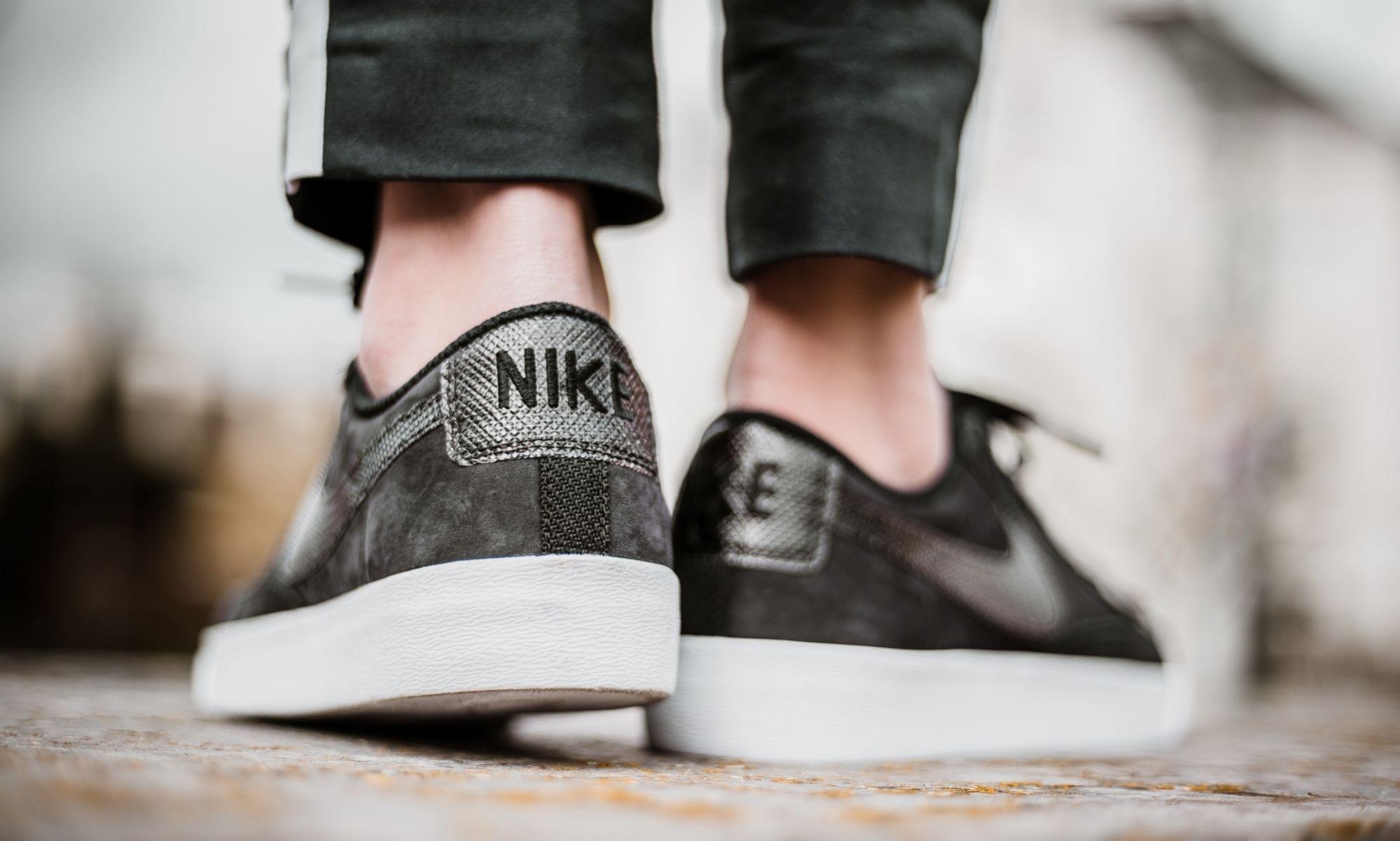 61f04b77243 Nike sneakers Blazer Low LX ladies black - Internet-Sport Casuals