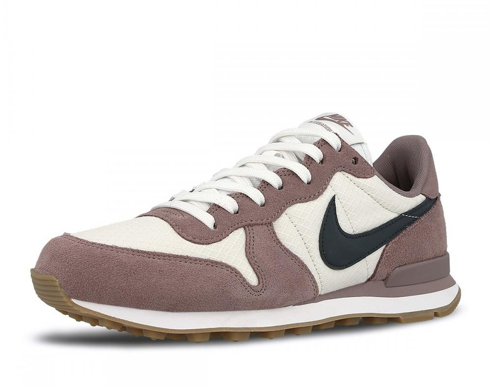 new product 8b5e8 511f1 nike_sneakers_internationalist_unisex_taupe_2_242243.jpg
