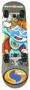 Black 8 Hole Hero Skateboard 24 inch junior blauw