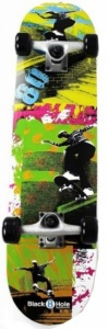 Black 8 Hole Skateboard Eighties SKB 31'' junior zwart