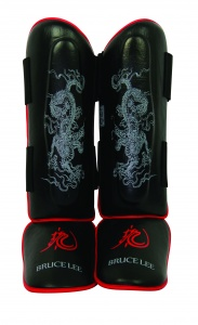 Bruce Lee leg guards Dragon Deluxeblack/red