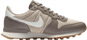 Nike sneakers Internationalist dames lichtbruin