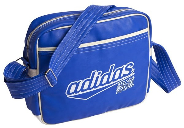 adidas schoudertas judo blauw 40 liter