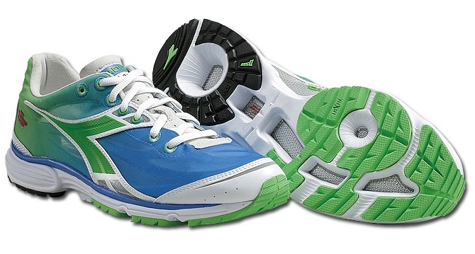 18e75171 N2100 running shoe Men Green-Blue